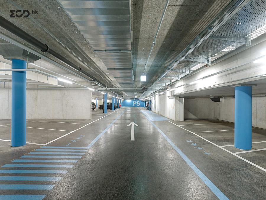 比尔市Tissot体育场导视设计 © superbuero