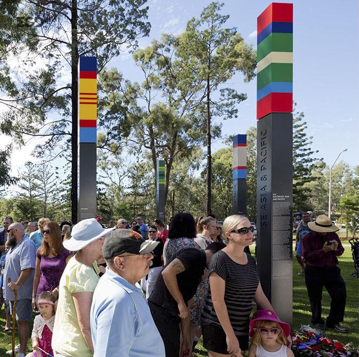致敬100年,布坎南公园纪念丰碑 Buchanan Park War Memorial © Dotdash Design