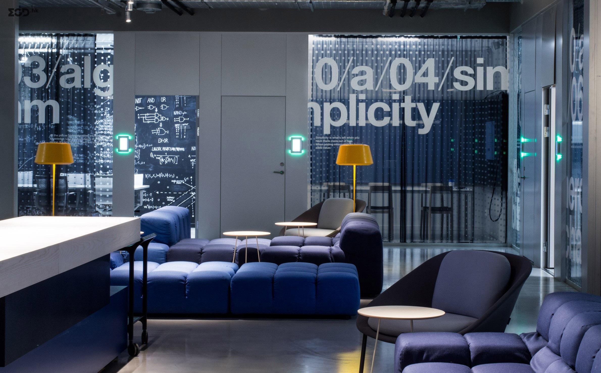 Klarna HQ办公室空间图形设计 © 25ah
