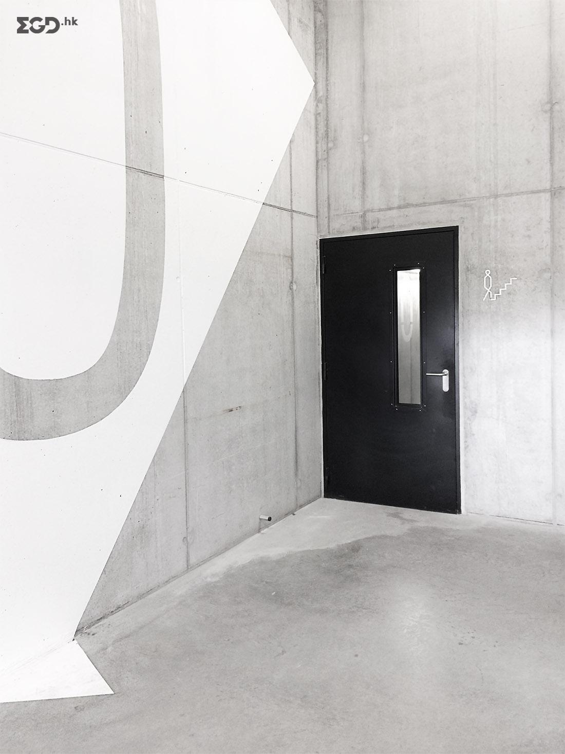 St. Lucas医院停车塔导视设计 © RikGrafiek