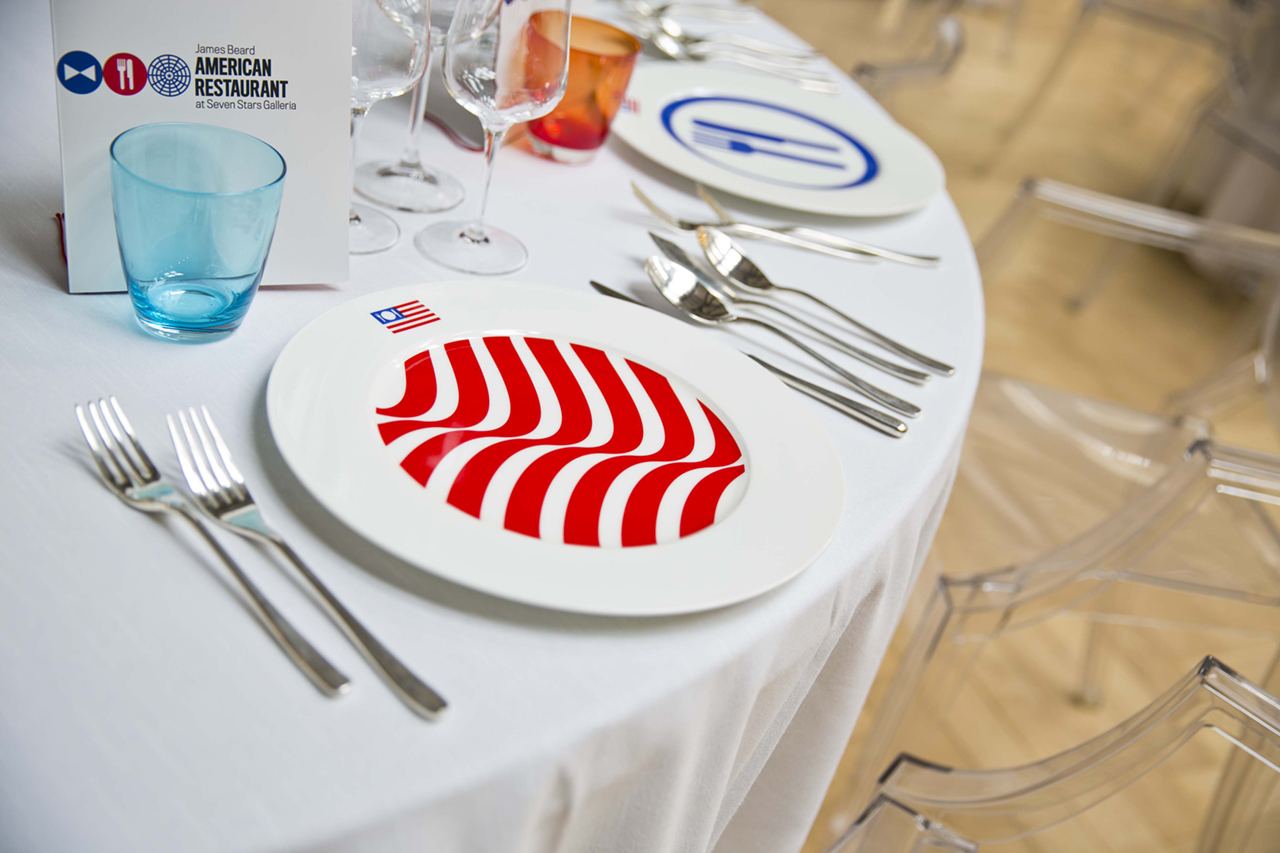 2015年米兰世博会国家食品餐车 © pentagram五角星设计公司