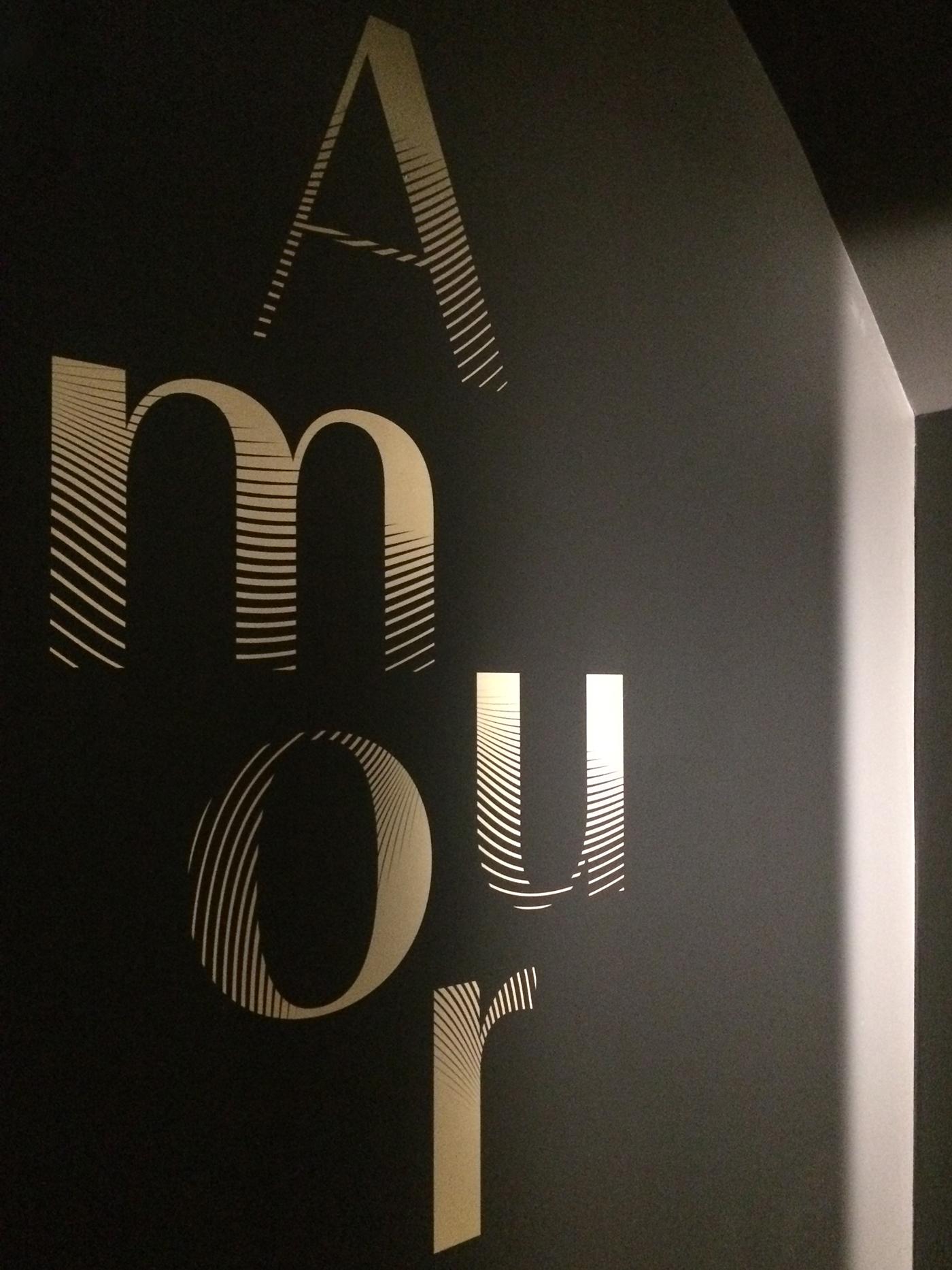香水博物馆公共展览视觉系统设计 © Des Signes