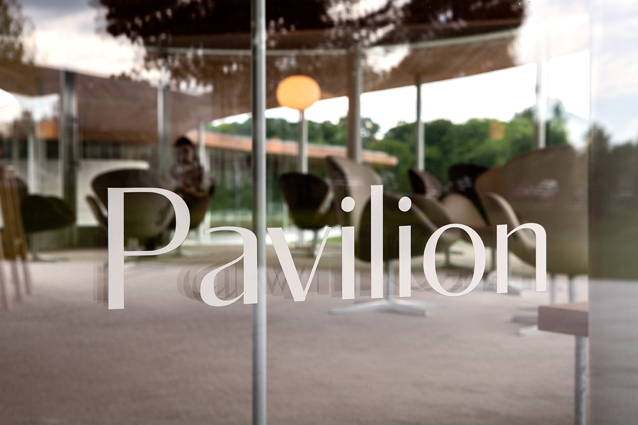 格雷斯农场公共视觉设计© pentagram五角设计