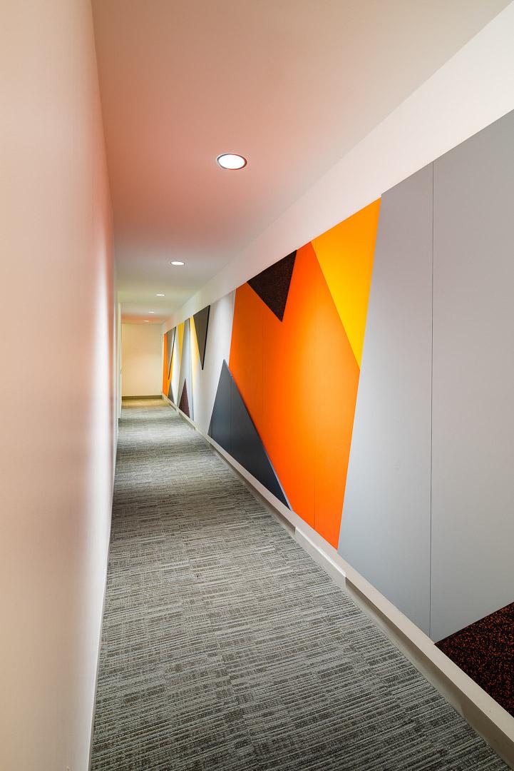 iff davis品牌空间环境图形设计© MAD