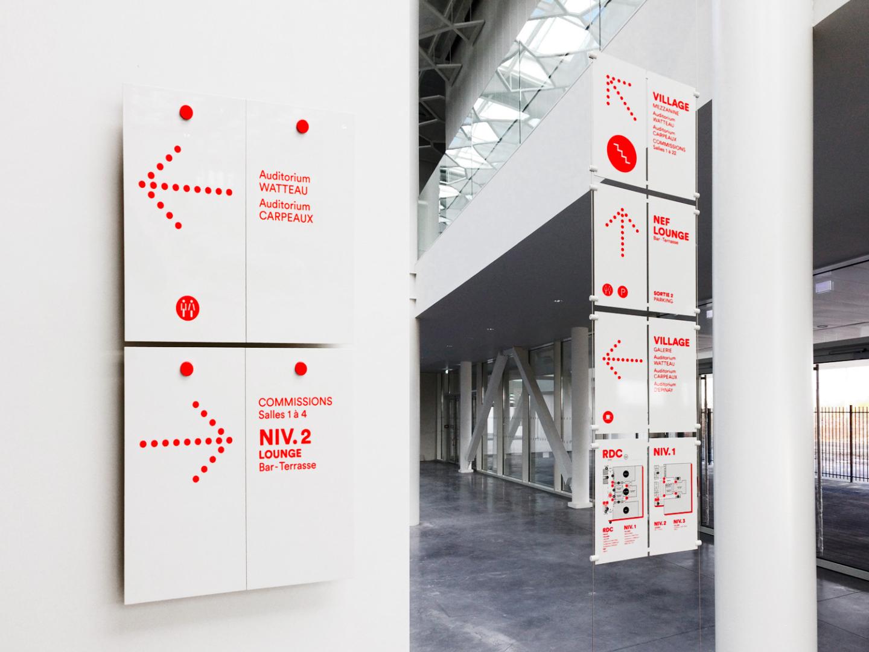 Cité des Congrès de Valenciennes,瓦朗谢讷国会大厅导视设计 © Des Signes