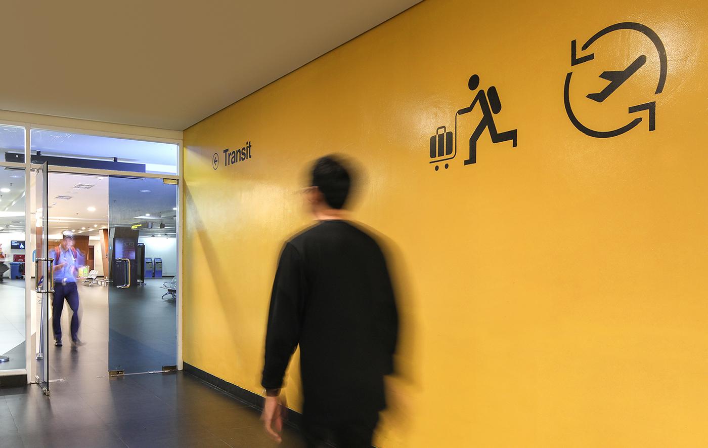 Husein Sastranegara机场导视,航站楼标识 © nusae design