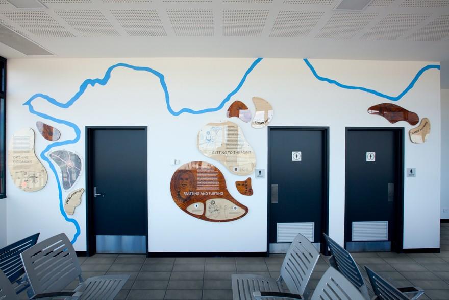 淡水河谷火车站环境图形设计©Nuttshell