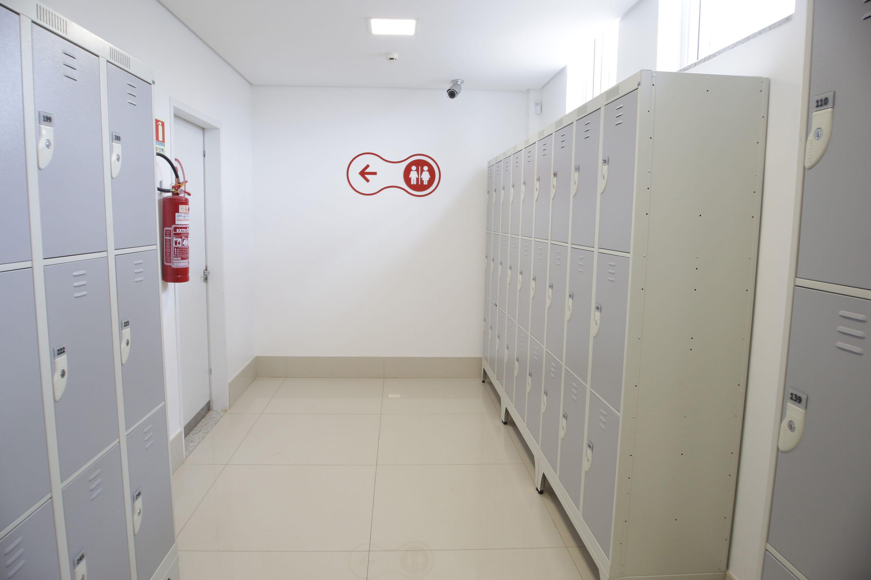 莎宾医学诊断公司导视系统设计©bienaladg