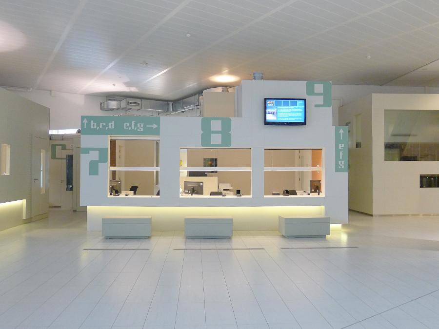 海牙市政府办公楼标识系统设计©Atelier Rene Knip