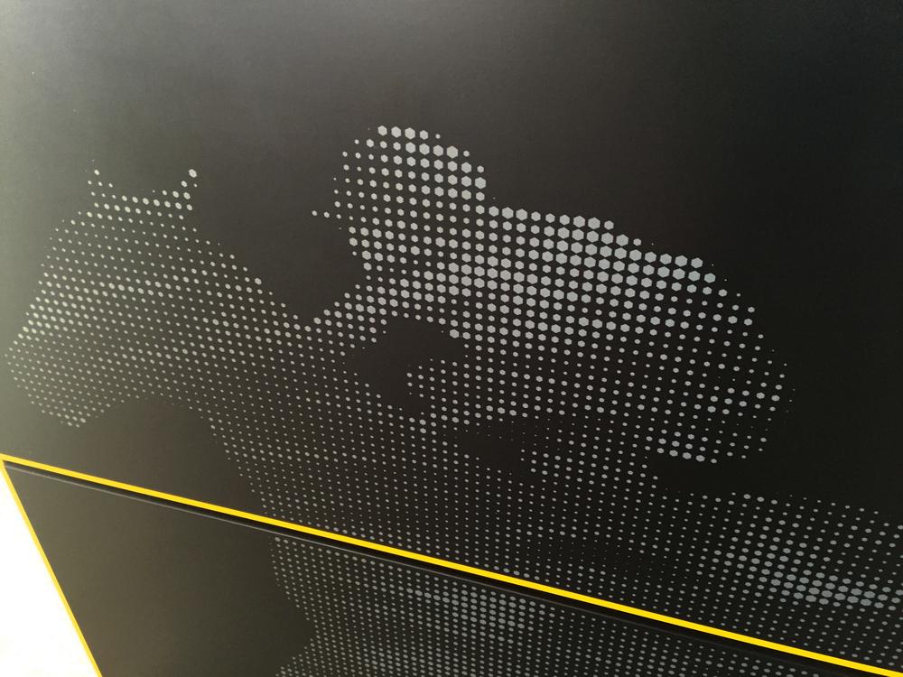皇家兰德威克赛马场导视系统设计©Elkemo