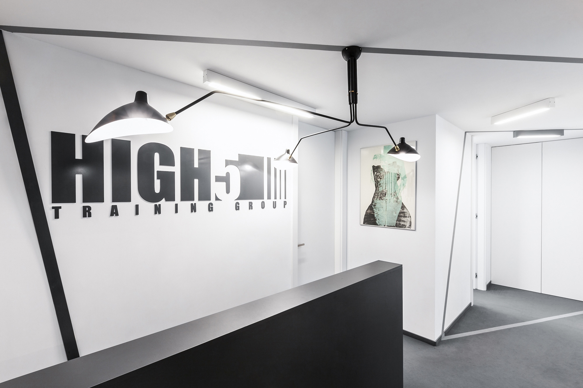 华沙HIGH5培训中心环境图形设计©mode:lina™