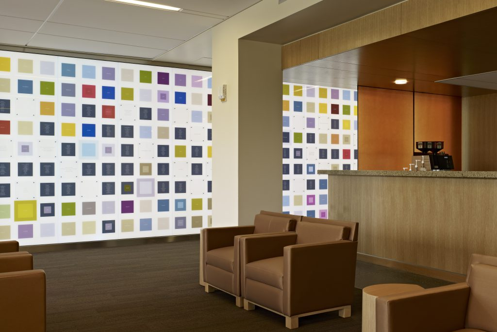 Virtua Voorhees 医疗中心标识系统设计©Exit Design