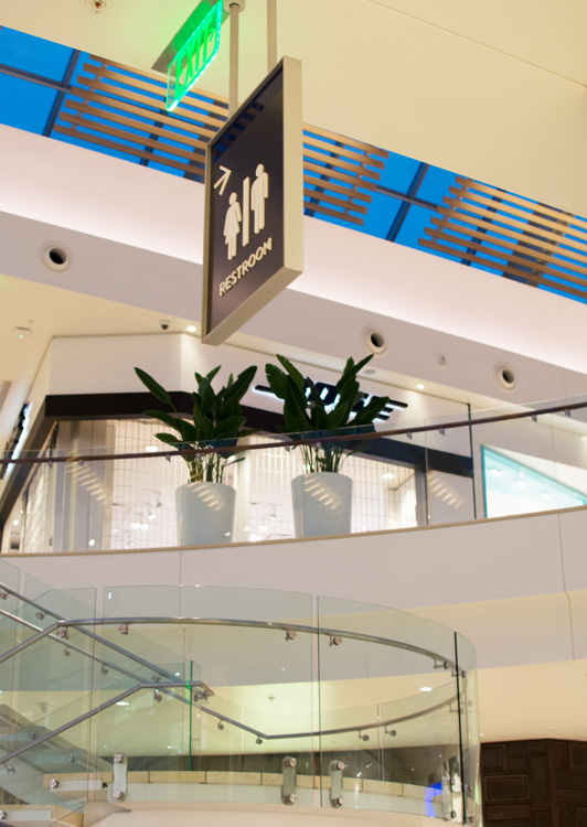 UTC 购物中心导视系统设计© Creo Industrial Arts