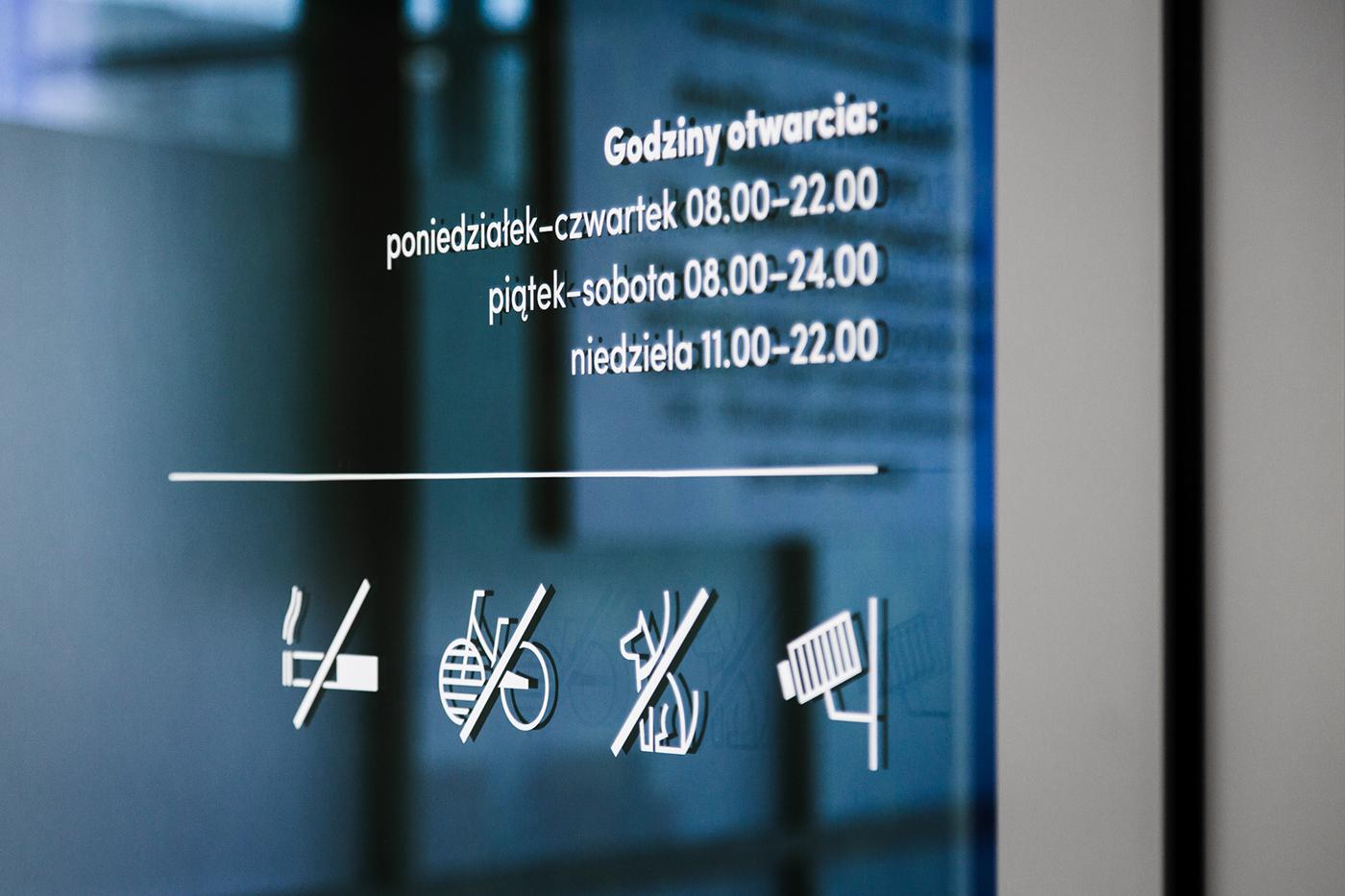 Mediateka图书馆导视系统设计© Blank Studio