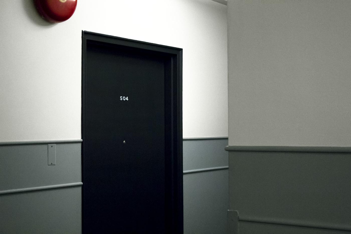 Le Petit Louis 公寓大楼标识设计 © Stéphanie Aubin