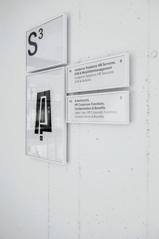 ZF 新总部办公楼标识设计©büro münzing