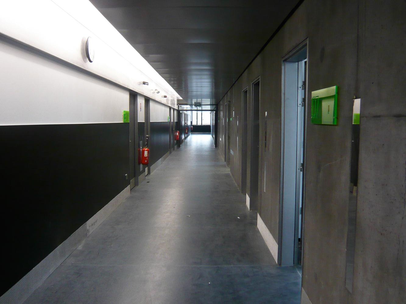 Dunois 学院标识设计©Béatrice Fichet