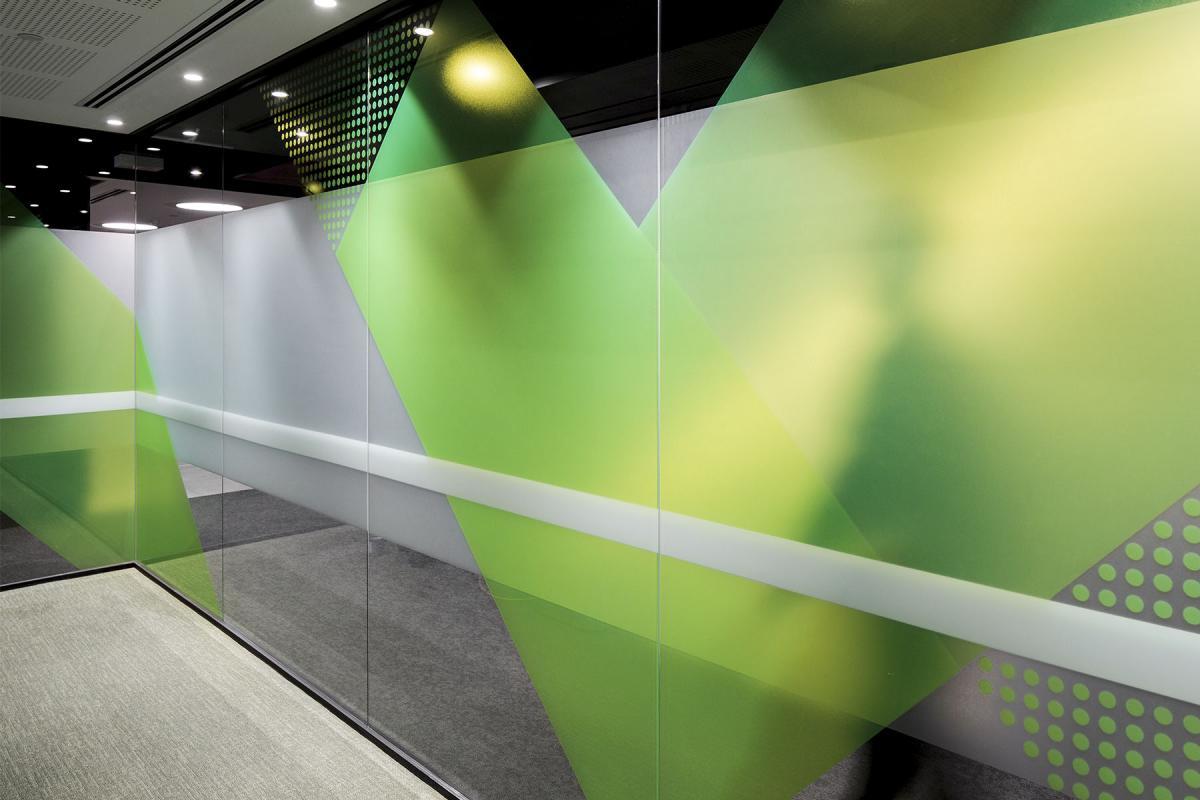澳洲医保基金公司办公楼标识设计©THERE