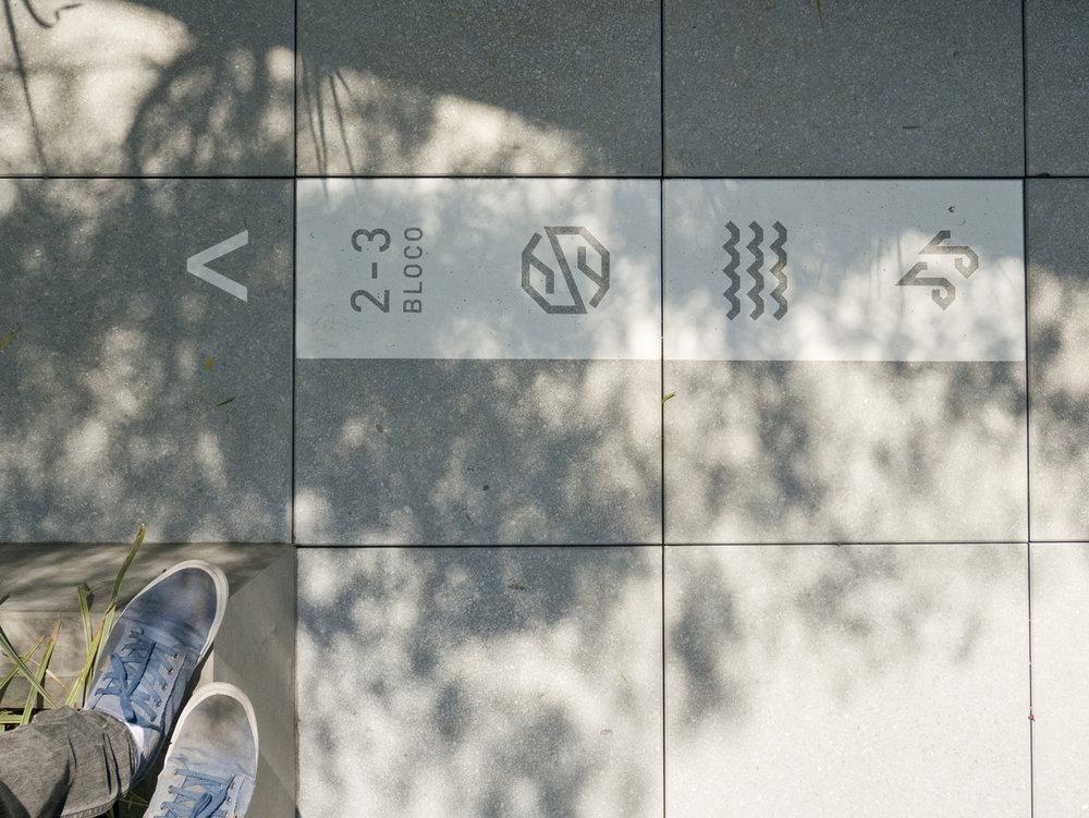 圣保罗 árbol标识设计©nitsche
