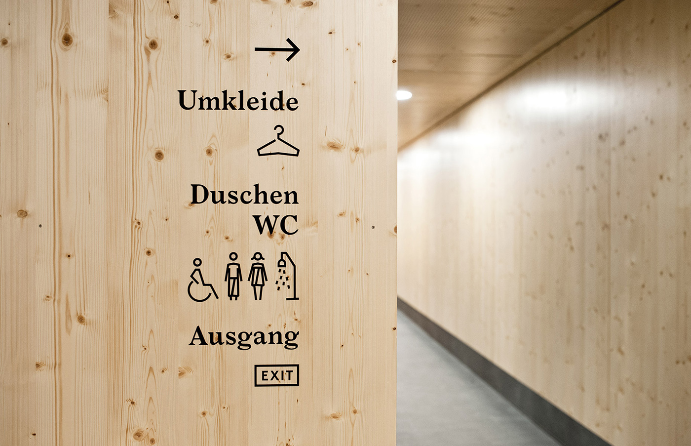 Dolomitenbad市政浴场标识设计©studio  bruch