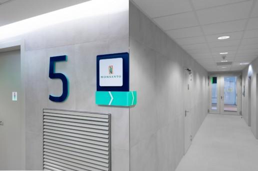 匈牙利北欧之光办公楼导视设计©wayfinding