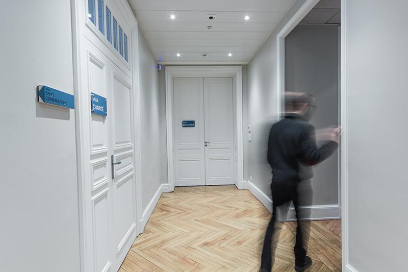 Galyo公司办公室导视设计©ateliersupernova