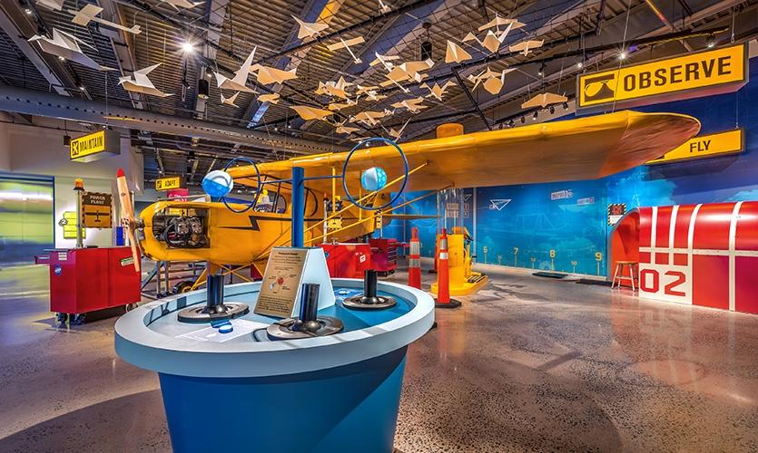 探索中心飞行画廊设计©AldrichPears Associates