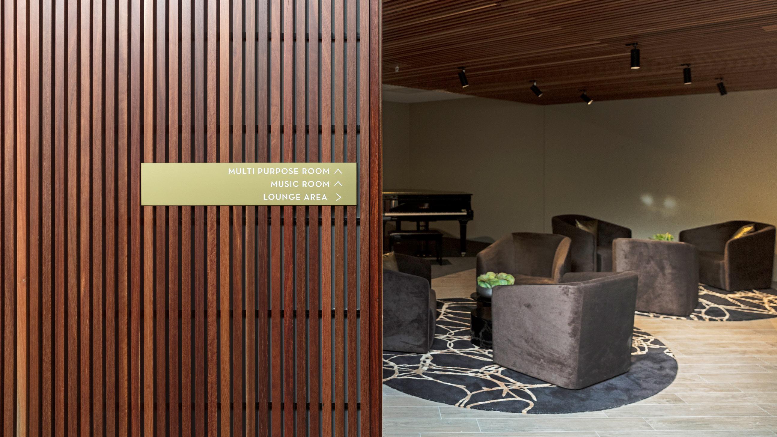 皇冠绿洲公寓空间及标识设计© Turner Studio
