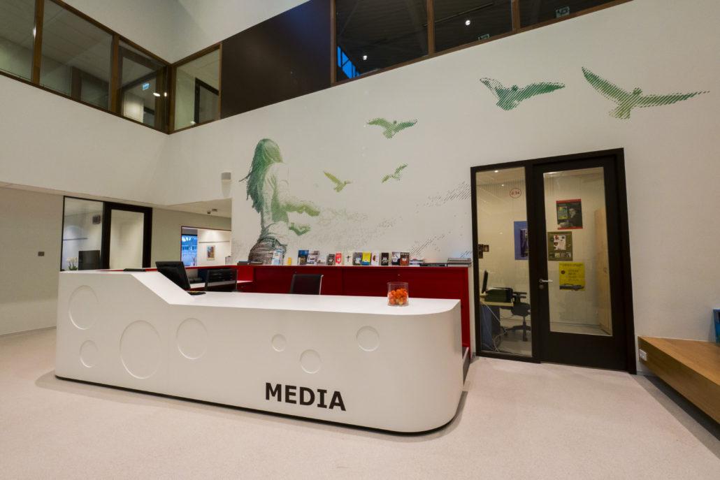 KRIMPENERWAARD学院标识系统设计©readme